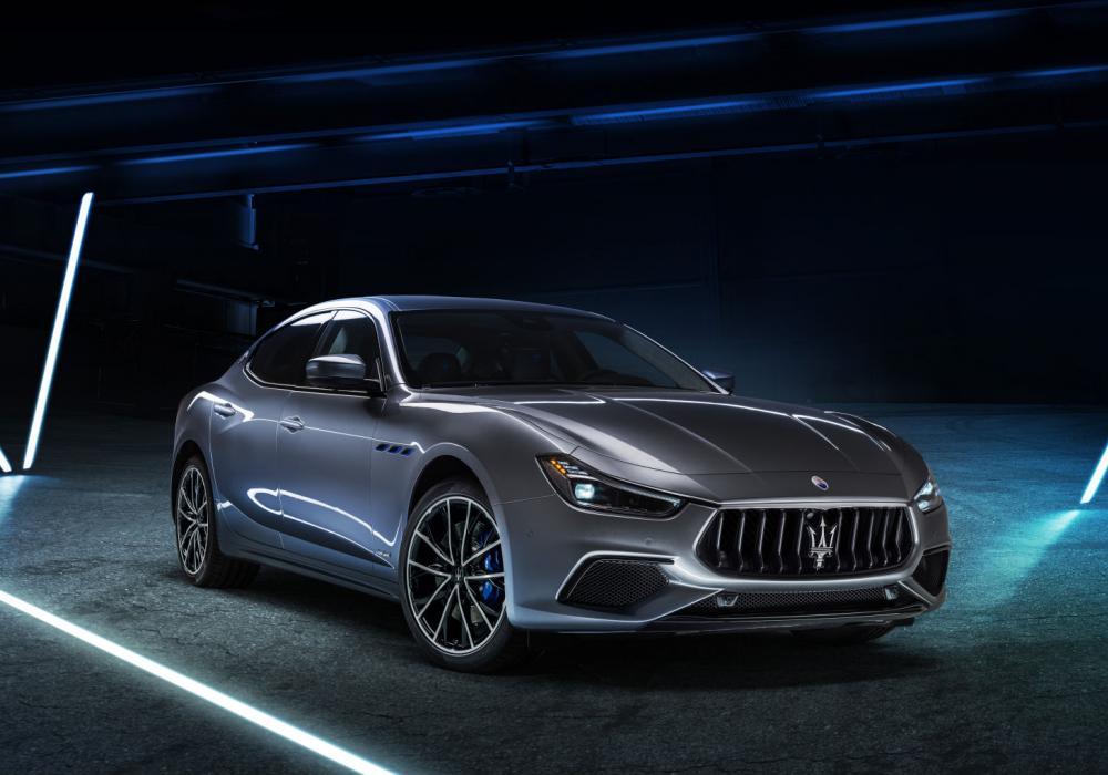 Nový Ghibli Hybrid: první elektrifikovaný vůz  v historii Maserati
