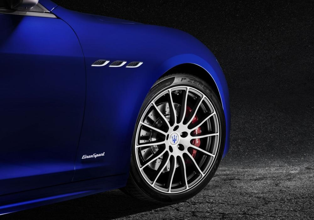 Maserati Ghibli excelovalo v testu magazínu Auto Motor a Sport