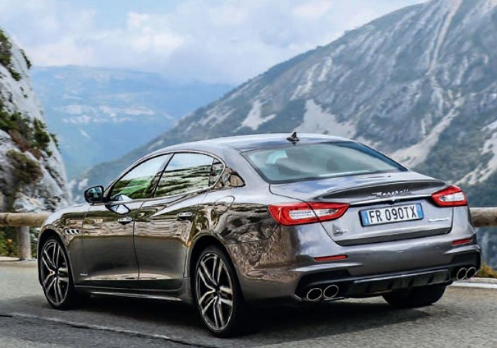 Road trip z Paříže do Monaka ve vozech Maserati