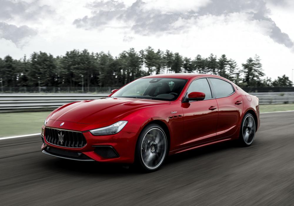 Maserati Ghibli Trofeo V8 - Volná specifikace