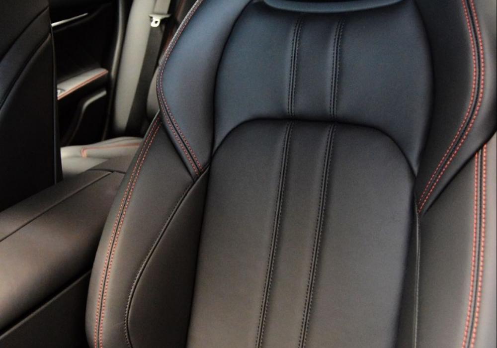 Maserati Ghibli GranSport S Q4 - ZVÝHODNĚNÍ 20%