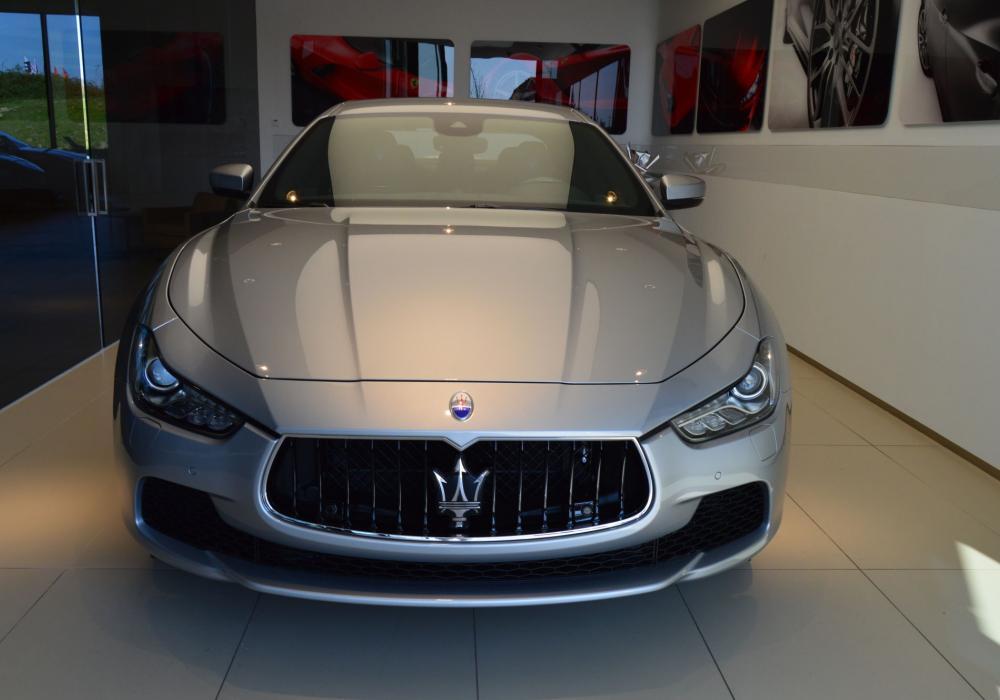 Maserati Ghibli S Q4 - ZVÝHODNĚNÍ 1 030 000 Kč