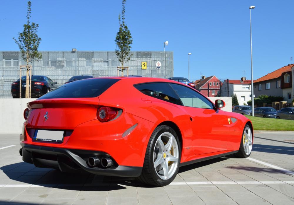 Ferrari FF