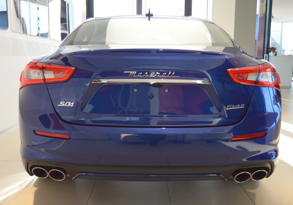 Maserati Ghibli S Q4 GranLusso - ZVÝHODNĚNÍ  677 060  KČ