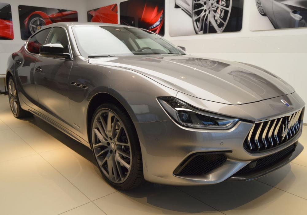Maserati Ghibli S Q4 GranSport - ZVÝHODNĚNÍ  762 000 Kč