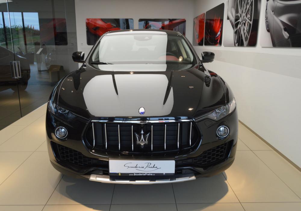 Maserati Levante S MY18 - ZVÝHODNĚNÍ 360 000 KČ