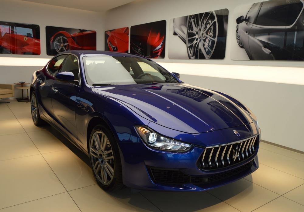 Maserati Ghibli Diesel - ZVÝHODNĚNÍ -20%