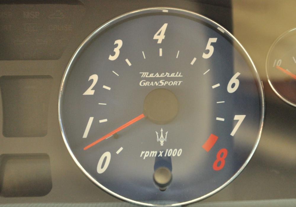 Maserati Gransport V8 395 HP
