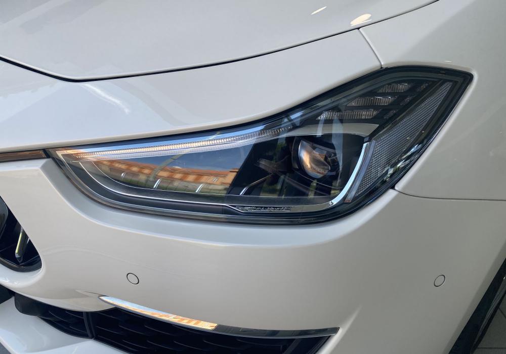 Maserati Ghibli Diesel GranLusso - ZVÝHODNĚNÍ 563 300 KČ