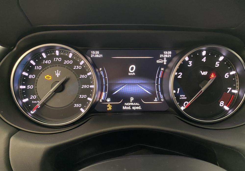 Maserati Levante Trofeo V8 580HP - FUORISERIE